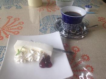 おりおん チーズケーキとコーヒー.JPG